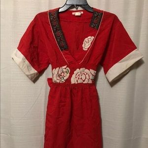 Hot & Delicious Sz S, Embroidered casual dress